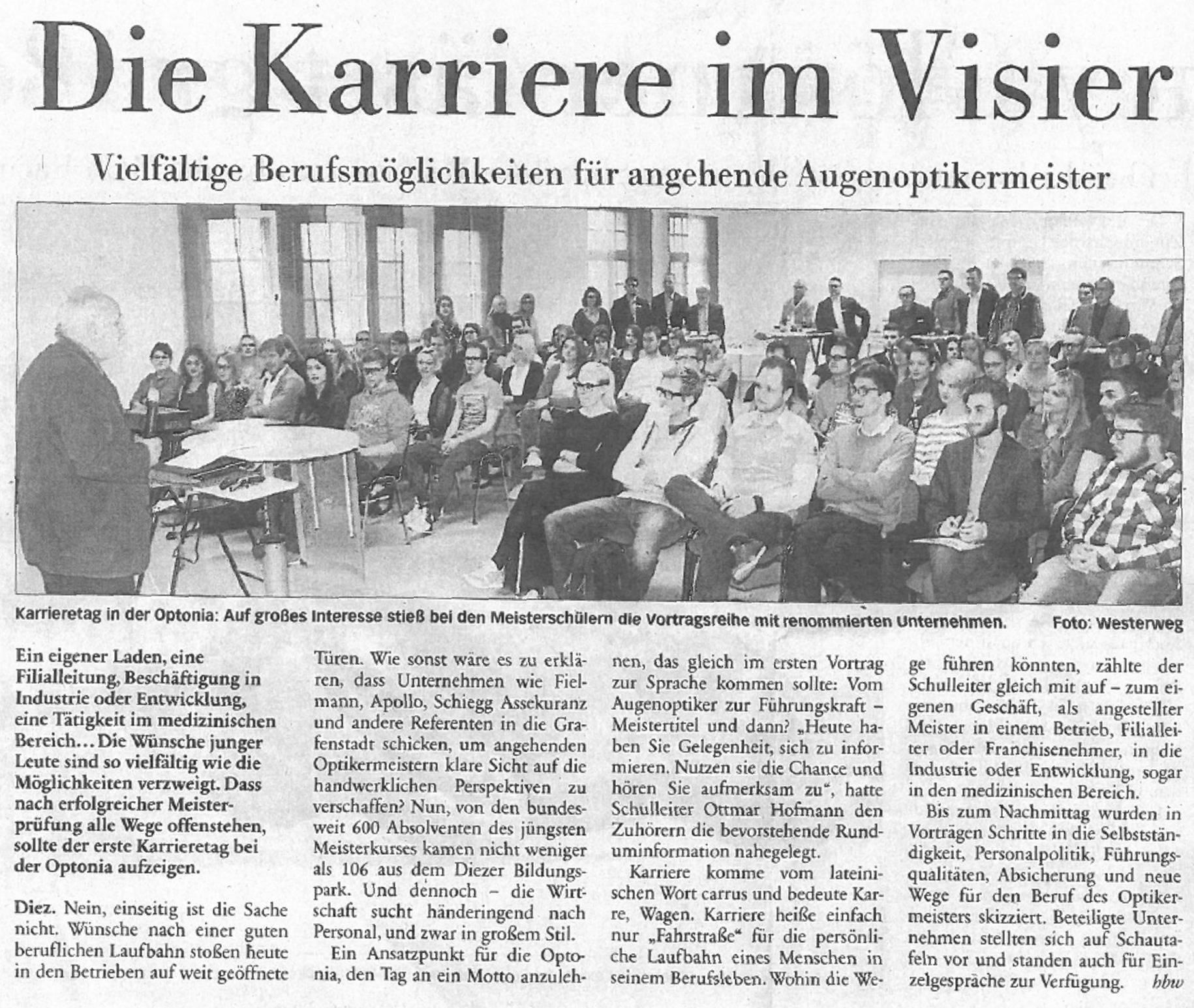 Pressemitteilung: Karrieretag an der Optonia (April 2016)